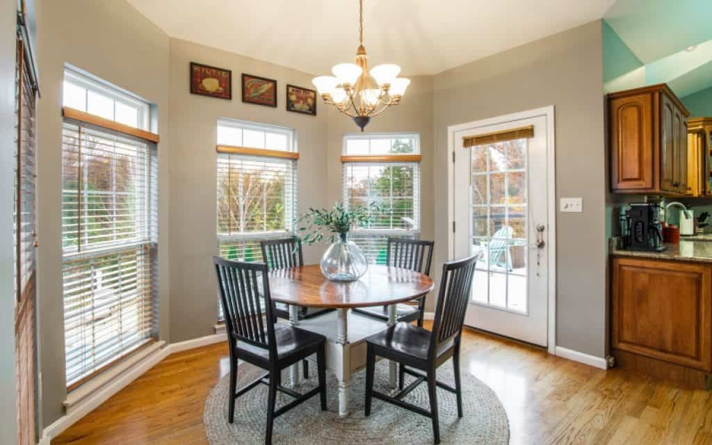 How To Set Up A Dining Room By The Front Door Budget Friendly Furnishing