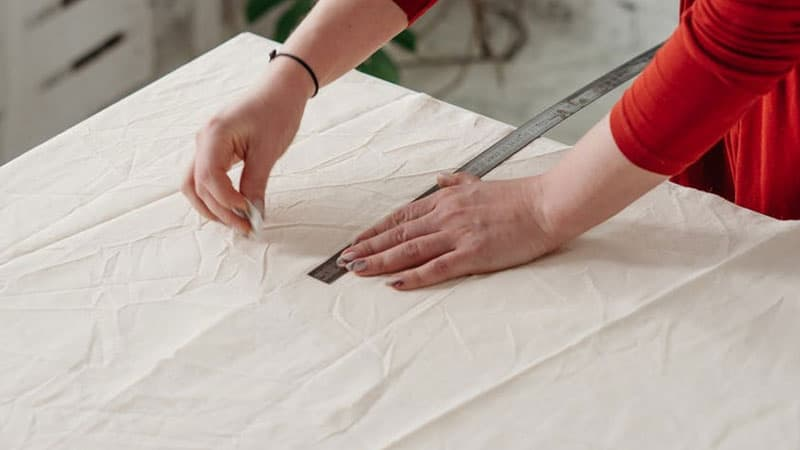 How Do You Measure Fabric For Chair Cushions?